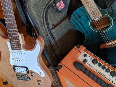 エレキギター初心者が揃えるべき機材と選び方