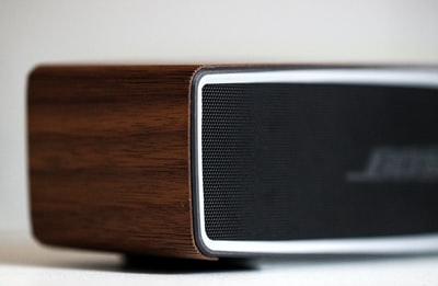 Bose Soundbar700とSoundTouch300の違い。音質は同じなんです