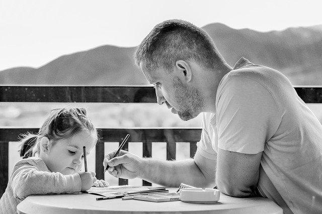 【実体験】在宅勤務なら男性の育休は不要。仕事しながら子育て可能!