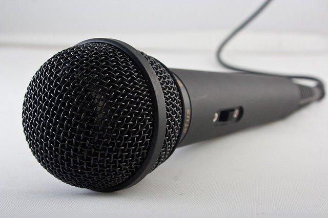 将来への投資。音声メディアを始めるならいまがチャンス