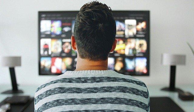 夜中でも大迫力の音でテレビを楽しむ方法